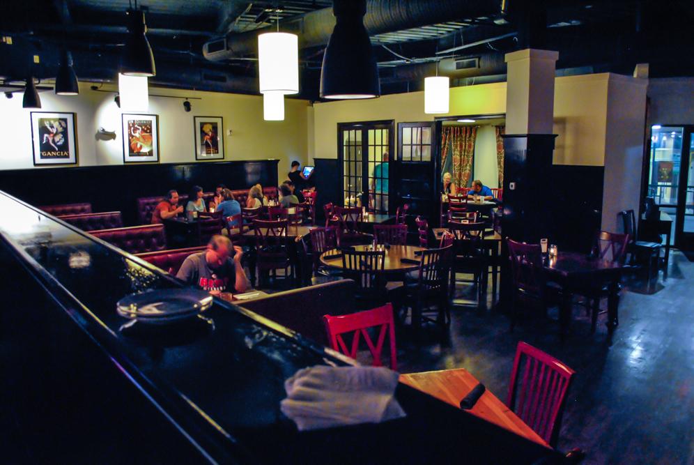 harrys-grill-tavern-8